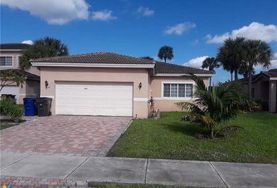 Address Withheld Lauderdale Lakes FL 33319