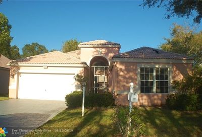 207 NW 116th Ter Coral Springs FL 33071