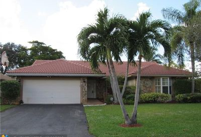 634 NW 113th Ter Coral Springs FL 33071