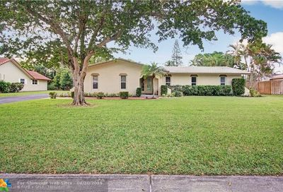 2560 NW 115th Dr Coral Springs FL 33065