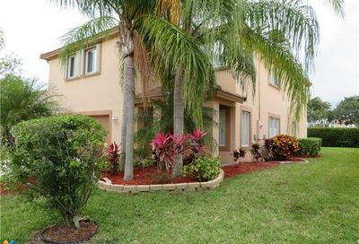 5308 NW 122nd Dr Coral Springs FL 33076