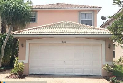 9728 NW 1st Mnr Coral Springs FL 33071