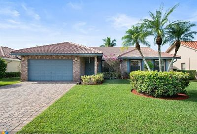 272 NW 118th Ter Coral Springs FL 33071
