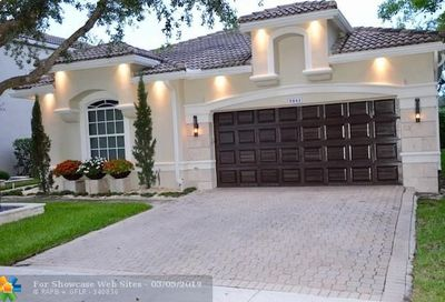 5841 NW 125th Ave Coral Springs FL 33076