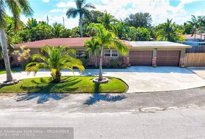 32 NE 26 Ct Wilton Manors FL 33334