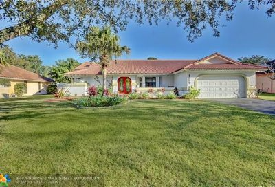 8851 NW 49th Dr Coral Springs FL 33067