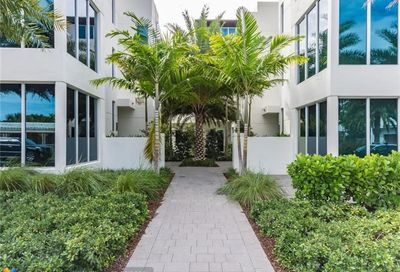 240 Shore Ct Lauderdale By The Sea FL 33308
