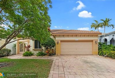 5834 NW 125th Ter Coral Springs FL 33076