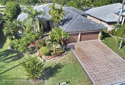 10921 NW 55th St Coral Springs FL 33076