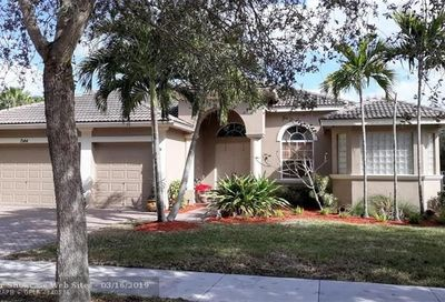 7144 NW 47th Ln Coconut Creek FL 33073