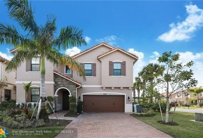 7455 NW 108th Ave Parkland FL 33076