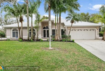 5450 NW 38th Ter Coconut Creek FL 33073