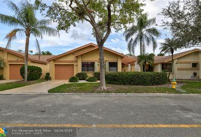 4342 Acacia Cir Coconut Creek FL 33066
