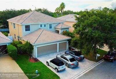 5242 NW 113th Ave Coral Springs FL 33076
