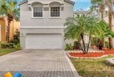11429 NW 48th Ct Coral Springs FL 33076