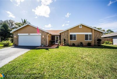 11242 NW 43rd Ct Coral Springs FL 33065