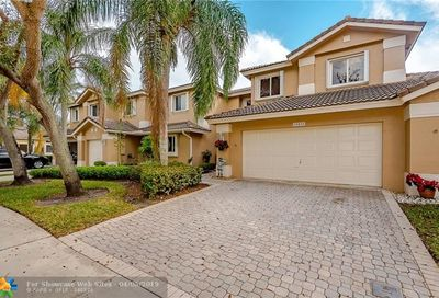15832 SW 10th St Pembroke Pines FL 33027
