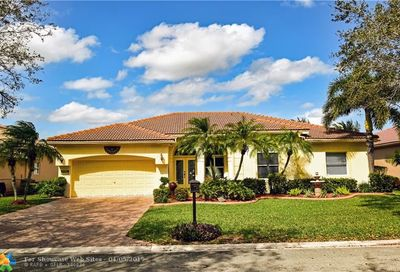 10347 NW 53rd Ct Coral Springs FL 33076