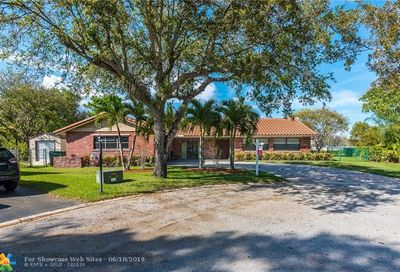 10453 NW 21st Mnr Coral Springs FL 33071