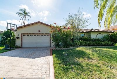 1803 NW 85th Dr Coral Springs FL 33071
