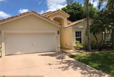 11205 NW 53rd Ct Coral Springs FL 33076