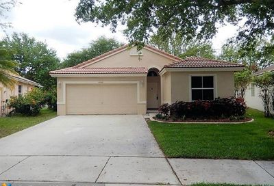 4922 NW 54th Ave Coconut Creek FL 33073