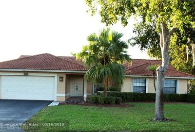 11817 NW 2nd St Coral Springs FL 33071