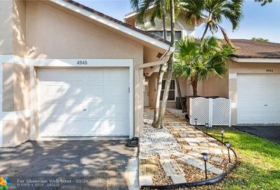 4948 W Lakes Dr Deerfield Beach FL 33442