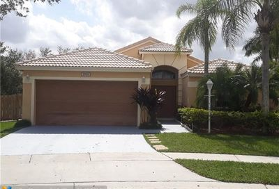 1502 NW 133rd Ave Pembroke Pines FL 33028