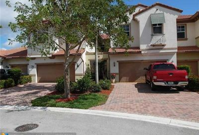 6097 NW 116th Dr Coral Springs FL 33076