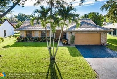 5055 NW 66th Dr Coral Springs FL 33067