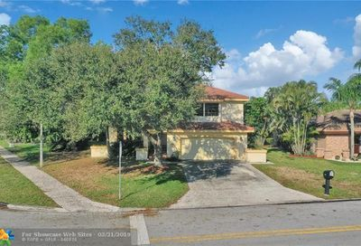 5410 NW 60th Dr Coral Springs FL 33067