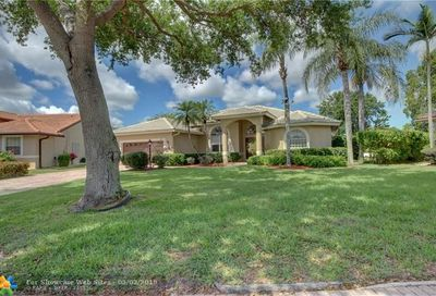 4244 NW 67th Ter Coral Springs FL 33067