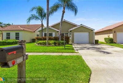 8358 Bonita Isle Dr Lake Worth FL 33467