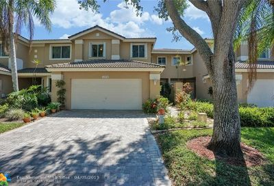15838 SW 11th St Pembroke Pines FL 33027