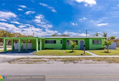 19821 NW 40th Ct Miami Gardens FL 33055