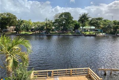 13 Middlesex Dr Wilton Manors FL 33305