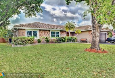 1959 NW 85th Ln Coral Springs FL 33071
