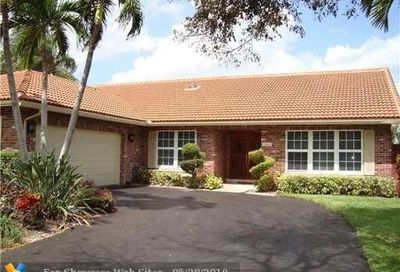 11065 NW 3rd St Coral Springs FL 33071