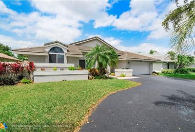 8683 NW 51st Pl Coral Springs FL 33067