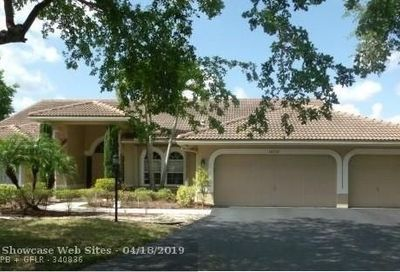 10732 NW 55th Pl Coral Springs FL 33076