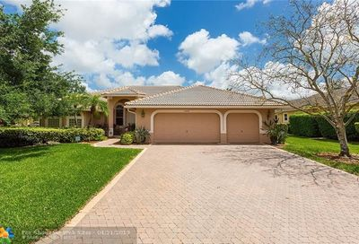 11039 NW 49th Dr Coral Springs FL 33076