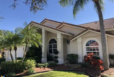 10628 NW 49th Ct Coral Springs FL 33076