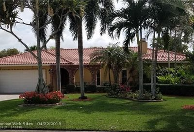 1929 NW 93rd Ter Coral Springs FL 33071