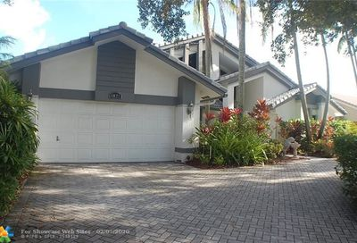 4877 NW 96th Dr Coral Springs FL 33076