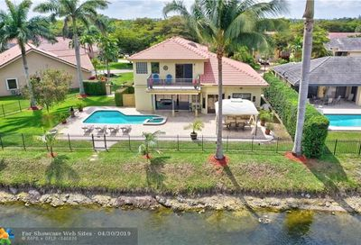 5319 NW 58th Ter Coral Springs FL 33067