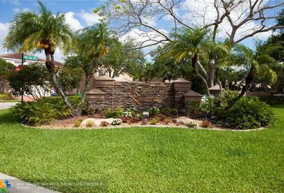5445 NW 106th Dr Coral Springs FL 33076