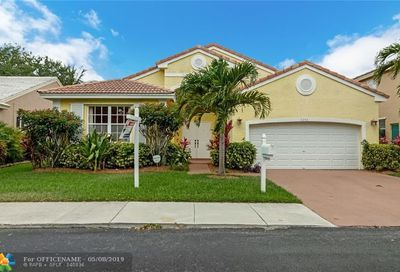 3242 NW 22nd Ave Oakland Park FL 33309