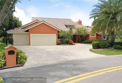 4990 NW 83rd Ln Coral Springs FL 33067