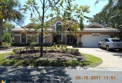5071 NW 82nd Ter Coral Springs FL 33067
